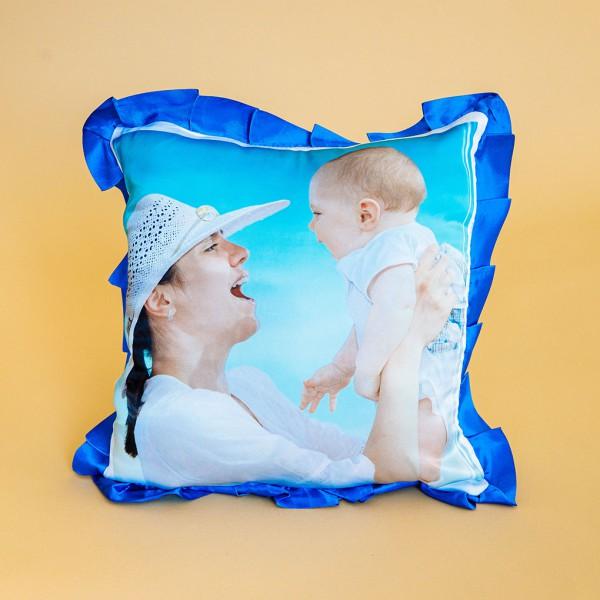 Фото на подушке праздничной (синяя)