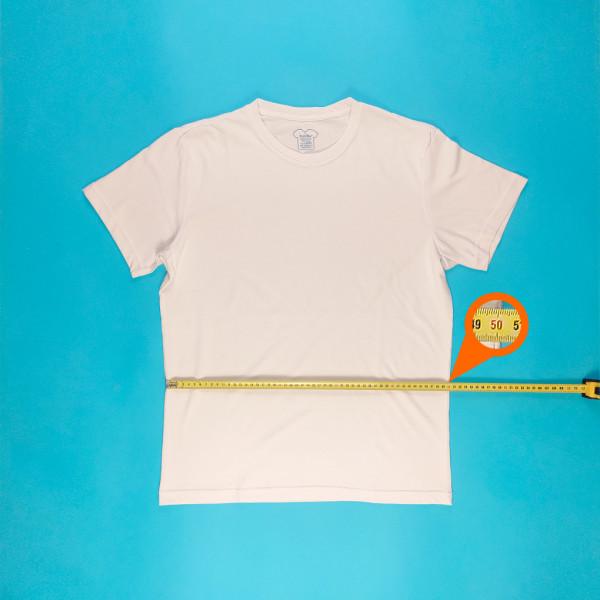 Фото на футболке L (50 размер)